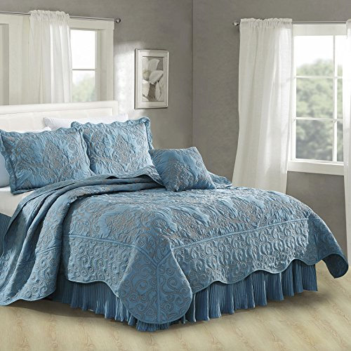 Serenta Damask 4 Piece Bedspread Set, Queen, Forget Me Not from Home Soft Things