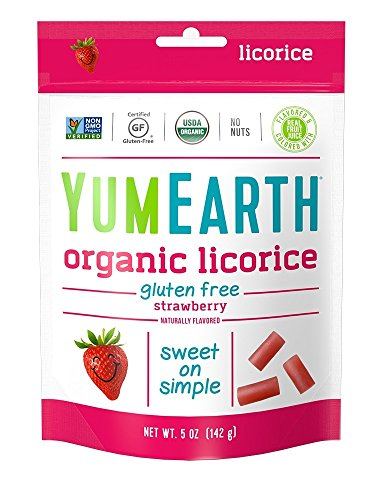 YumEarth Organic Gluten Free Strawberry Licorice, 5 Ounce (Pack of 6)