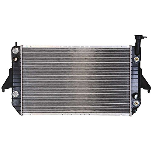 Prime Choice Auto Parts RK689 Aluminum Radiator ()