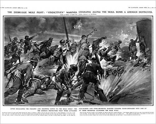 10x8 Print of Zeebrugge mole fight marines charging along the mole, 1918 (14307130)