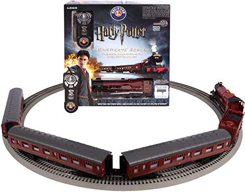 Lionel Hogwarts Express Electric O Gauge Model Train Set w/ Remote and Bluetooth Capability (Lionel Polar Express Remote Train Set O Gauge)