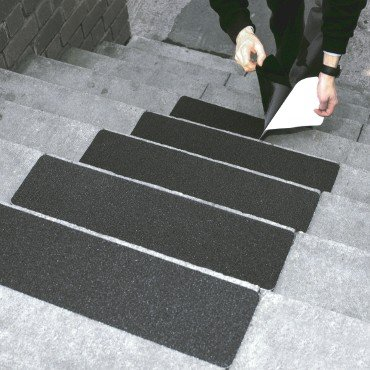 Anti Slip Treads / Non Slip Self Adhesive Step Covers   Black, Pack Of 5