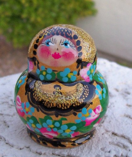 Can you guess how many dolls inside this 5 cm Russian Nesting mini-doll (baby doll - 1 mm) * mini-10.5a