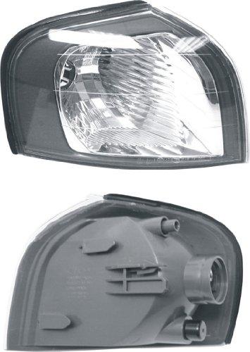URO Parts 8620464 Right Turn Signal Lens with Halogen Headlights (Headlight Volvo Lens S80)