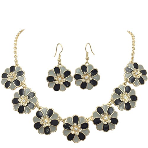 (Gypsy Jewels 7 Daisy Flower with Rhinestones Cluster Gold Tone Boutique Statement Necklace & Earrings Set (Black & Grey))