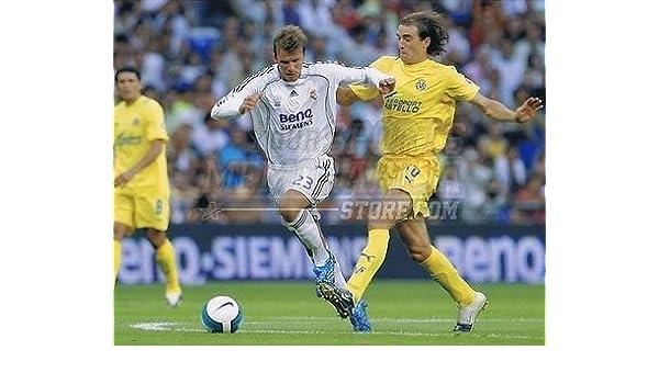 9cfd1d63c2c Amazon.com  David Beckham Real Madrid soccer 8x10 11x14 16x20 photo 397 -  Size 8x10  Sports Collectibles