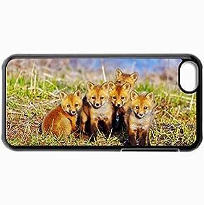 Fashion Unique Design Protective Cellphone Back Cover Case For iPhone 5C Case Chanterelles Kids Looking For Grass Black