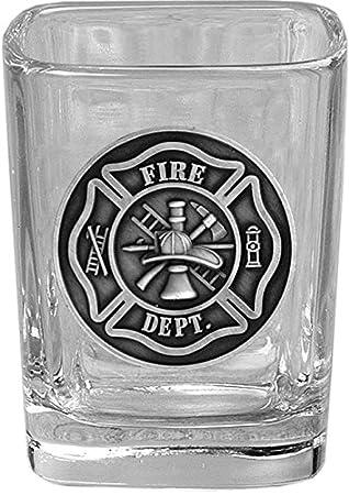 Plaza de bombero vasos de chupito con emblema en relieve - Cuerpo de Bomberos bombero Cruz de Malta símbolo: Amazon.es: Hogar