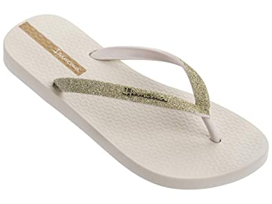 bf122418b Amazon.com | Ipanema Women's Glitter Ii Flip-Flop | Flip-Flops