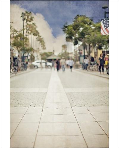 Photographic Print of People Stroll Promenade in Santa - In Monica Promenade Santa
