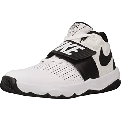 new style 0c74d 95954 Nike Team Hustle D 8 (GS), Chaussures de Basketball garçon