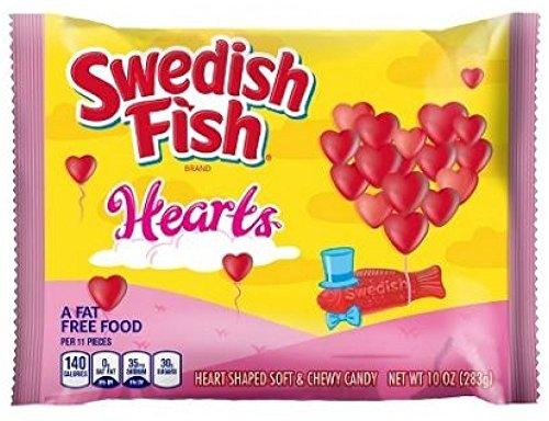 swedish-fish-valentines-hearts