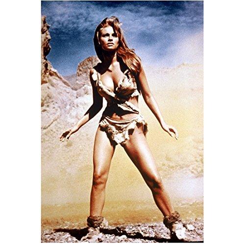 (Raquel Welch 8x10 Photo One Million Years B.C. The Three Musketeers Legally Blonde Prehistoric Bikini Standing)
