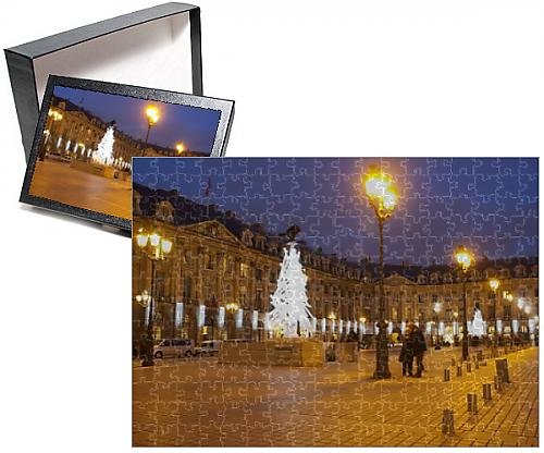 Photo Jigsaw Puzzle of Place Vendome at Christmas time, Paris, France, Europe (Christmas Scen)