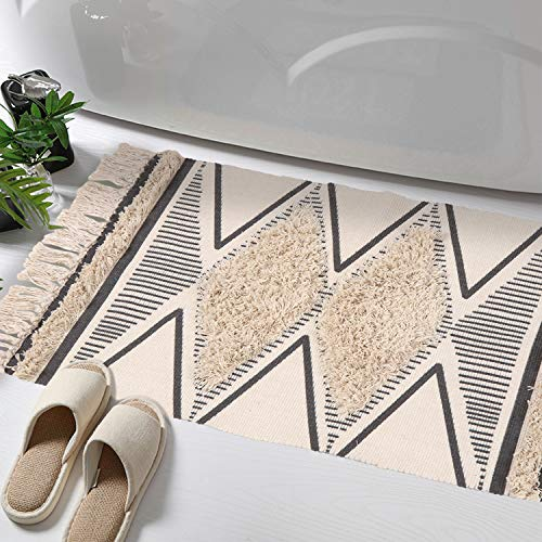 - Tufted Cotton Area Rug, KIMODE Hand Woven Print Tassels Throw Rugs Carpet Door Mat,Indoor Area Rugs for Bathroom,Bedroom,Living Room,Laundry Room (2' x 3', Tufted Diamond)