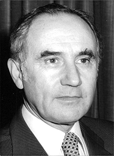 vintage-photo-of-portrait-of-mervyn-brown-1979