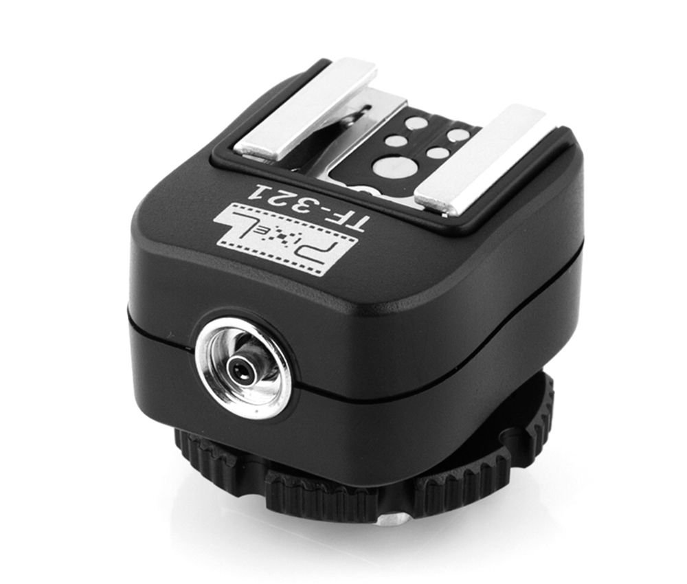 Hot Shoe-to-PC adapter,