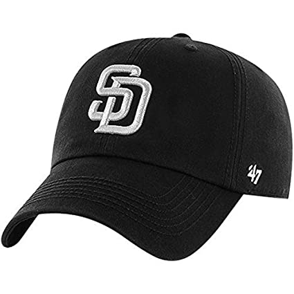 a368f98ef41 Amazon.com   San Diego Padres  47 Black Out Franchise Fitted Hat ...