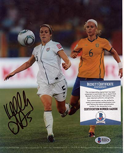 KELLEY O'HARA WOMENS SOCCER USA WORLD CUP CHAMPS SIGNED 8X10 BECKETT H42675