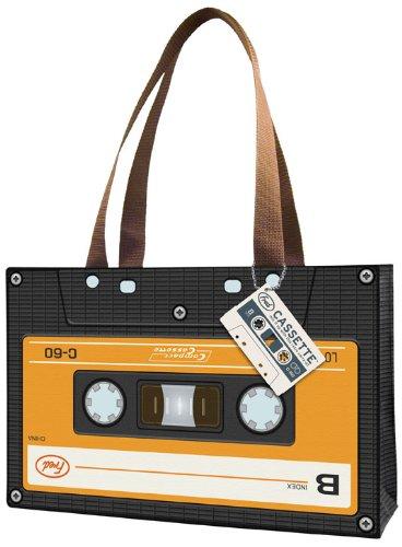 カセットテープは永遠に手放せない。