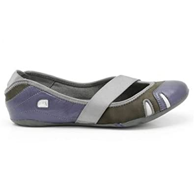 a05b72c0d88 Clarks Womens Idyllic Pump Shoes Dark Blue 8 UK  Amazon.co.uk  Shoes ...