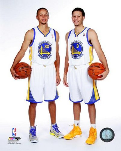 Amazon.com  Stephen Curry   Seth Curry Golden State Warriors 2013 ... afb04b101