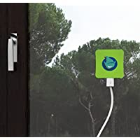 Lutin Tech™ [NEW 2015 model] Solar charger for Mobile phones with 5200 mAh ultra-high capacity battery, Apple iPod, iPhone 6 5 4 3, iPad, MP3, MP4, Samsung Galaxy S3 S4 S5 Note1 2 3 Tab, Blackberry, all cell phones, tablets and touchpads, cameras, small appliances with USB; charger can stick on windows: 100% full efficiency of sun for charging, never run out of power. IP44 waterproof. Pocket size then carry it everywhere with you. 40% off official price. HOT SALE, GIVE YOURSELF FREE POWER NOW!! (Green)