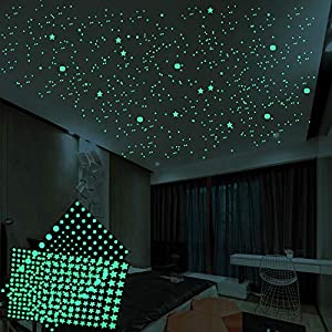 ONDY 3D Wall or Ceiling Stickers Glow in The Dark Stars Starry Sky Shining Decals Luminous Decoration Perfect for Kids Bedroom Bedding Room Gifts 624Pcs(422 Pentagrams and 202 Dots)