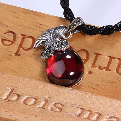 (DHCY Women's 925 Sterling Silver Necklace Natural Red Garnet Pendant AAA Cubic Zirconia Vintage Gemstone Necklace )
