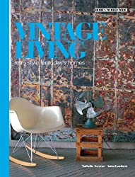 Vintage Living (Homes World Wide - Compact)