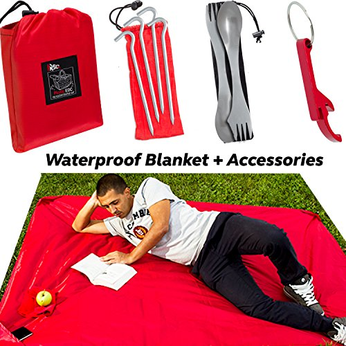 100% Waterproof Pocket Blanket (79 in x 59 in) & 9 Great Accessories for any Outdoor Escape - Camping, Hiking & Beach Complete Bundle Perfect for Family - A must have All-in-One Portable Pack