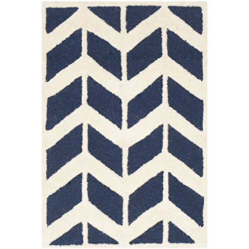 Safavieh Cambridge Collection CAM718M Handmade Moroccan Geometric Navy and Ivory Premium Wool Area Rug (3′ x 5′)
