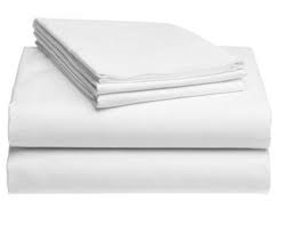 "Pack of 12 Fitted Sheets-White, King (78""x80""x15""), 200 TC, Poly-Cotton Blend, Hotel Quality, Durable, Premium Comfort and Style – by Pacific Linens (King)"