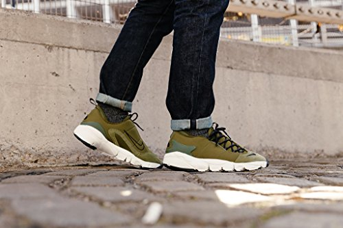 Nike Turnschuhe Air Footscape NM Männer Grün Größe 40