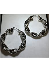 Beautiful Twisted Hollow Hoop Earrings With Exquisite Texture
