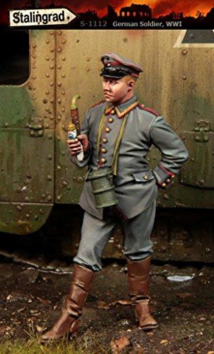 Stalingrad 1:35 WWI German Soldier #2 - Resin Figure Kit #S-1112 (German Soldier Figure)