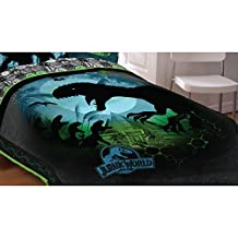 "Universal Jurassic World Biggest Growl 72"" x 86"" Microfiber Comforter, Twin/Full"