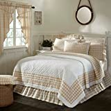 3 Piece Tan White Plaid Pattern Quilt Queen Set, Elegant Classic Buffalo Checkered Design Borders, Hand-Work Tufted Check Bedding, Classic French Country Style, Solid Colors, Cotton, For Unisex