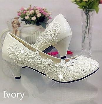 JINGXINSTORE 4 cm 1.5 quot  Heel Lace Ivory Crystal Wedding Shoes Bridal  Low Heel Pump 9d422093ae5f