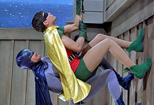 BATMAN & ROBIN CLIMBING 1966 2