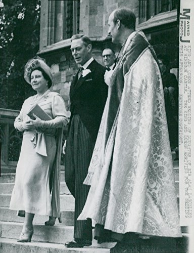 Vintage photo of The English King39;s Parade arrives at Windsor Castle before the wedding of Sir Alan Lascelle39;s daughter