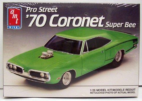 AMT Ertl #6140 Pro Street '70 Coronet Super Bee 1:25 Plastic Model Kit (Pro Hobby Model)