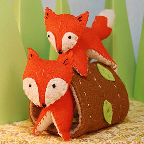 Heidi Boyd | Frisky Foxes | Whimsy Kits | Enjoy Creating Adorable Fox Friends with This All Inclusive Felt Craft Sewing Kit Age 13+ by Boyd, Heidi