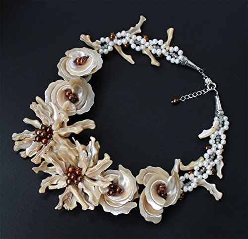 - Hand-woven Natural coffee MOP shell Baroque FW pearl flower necklace Chunky Necklace