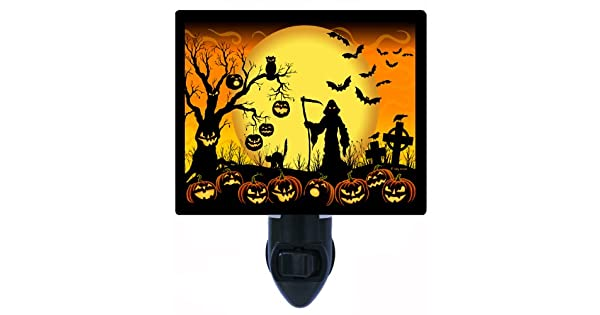 Amazon.com: Halloween luz nocturna – Beware Take Care ...