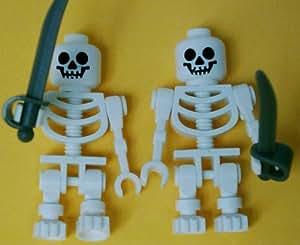LEGO - Esqueleto con sable (2 unidades)