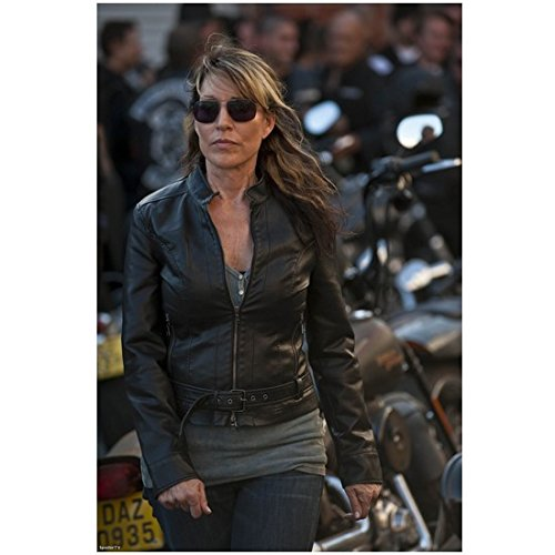 Sons of Anarchy Katey Sagal as Gemma Teller Morrow Walking Wearing Sunglasses 8 x 10 - Anarchy Of In Sunglasses Sons