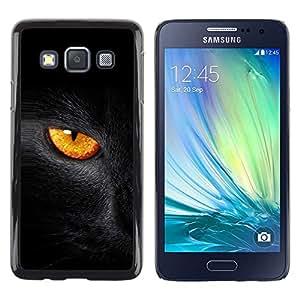 Opción de regalo/Slim carcasa SmartPhone de móvil para Samsung Galaxy A3 // Gato negro fuego ojo //