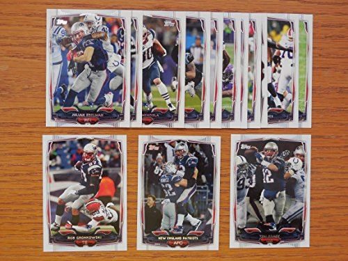New England Patroits 2014 Topps Football Team Set (Super Bowl Champions)**Danny Amendola, Tom Brady, Aaron Dobson, Julian Edelman, Jimmy Garroppolo, Stephen Gostkowski, Rob Gronkowski, Chandler Jones, Brandon LaFell, Darrelle Revis, Stevan Ridley, Kenbrell Thompkins and Shane Vereen** ()
