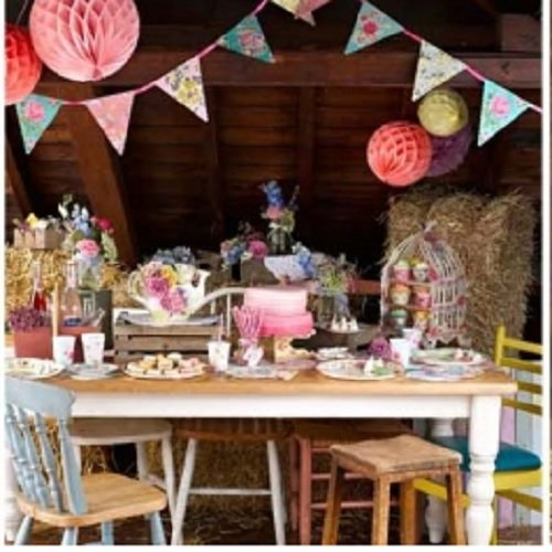 Truly scrumptious vintage party decoration kit with bunting truly scrumptious vintage party decoration kit with buntinghoneycombspom poms junglespirit Gallery